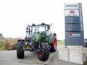 Traktor des Typs Fendt 211 Vario S3, Ausstellungsmaschine in Mesikon