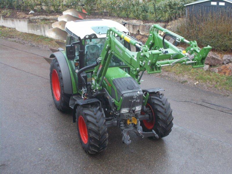 Traktor des Typs Fendt 211 Vario S3, Neumaschine in Bubendorf (Bild 1)