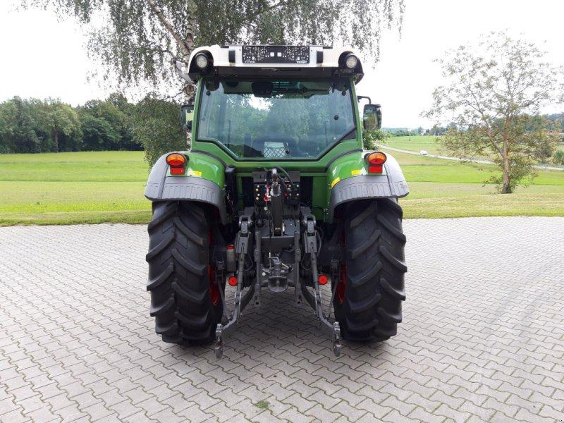 Traktor des Typs Fendt 211 Vario TMS Nature Green, Gebrauchtmaschine in Tirschenreuth (Bild 4)