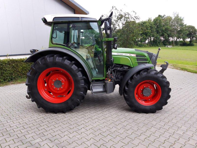 Traktor des Typs Fendt 211 Vario TMS Nature Green, Gebrauchtmaschine in Tirschenreuth (Bild 6)