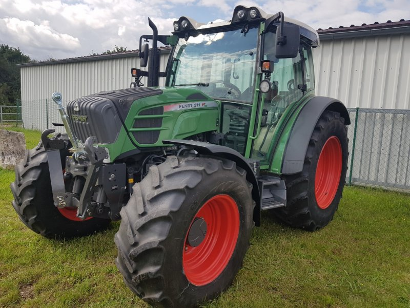 Traktor des Typs Fendt 211 Vario TMS, Gebrauchtmaschine in Windsbach (Bild 1)