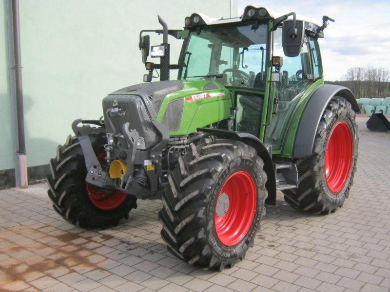 Traktor des Typs Fendt 211 Vario TMS, Gebrauchtmaschine in Schwabach (Bild 1)