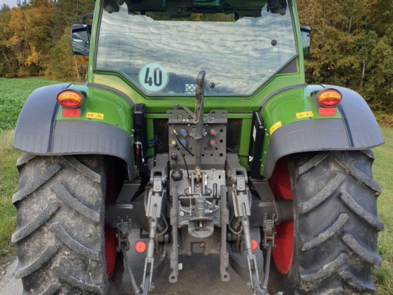 Traktor des Typs Fendt 211 Vario TMS, Gebrauchtmaschine in Himmelkron (Bild 2)