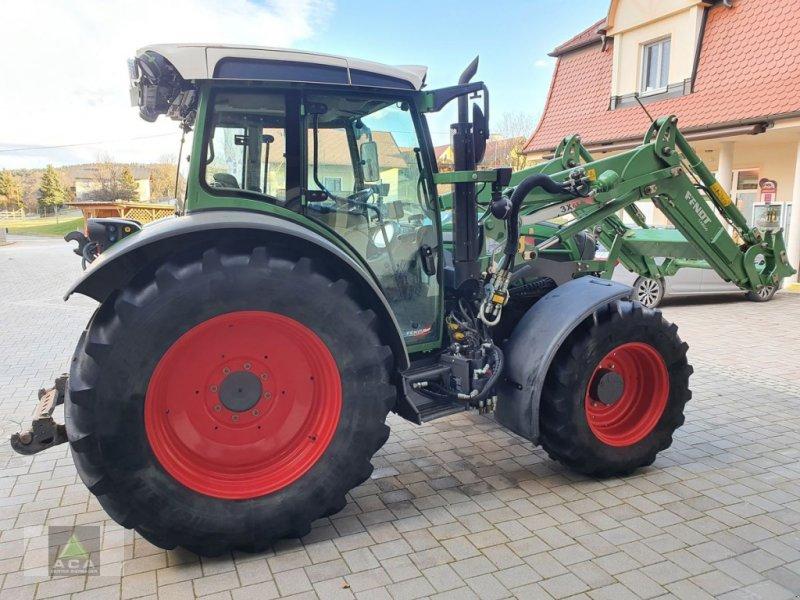 Traktor des Typs Fendt 211 Vario, Gebrauchtmaschine in Markt Hartmannsdorf (Bild 1)