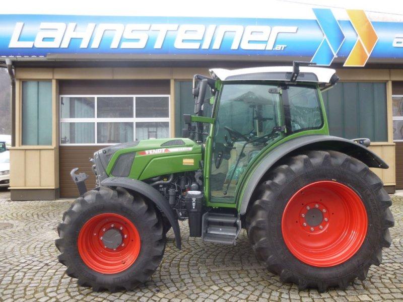 Traktor des Typs Fendt 211 Vario, Neumaschine in Ebensee (Bild 1)