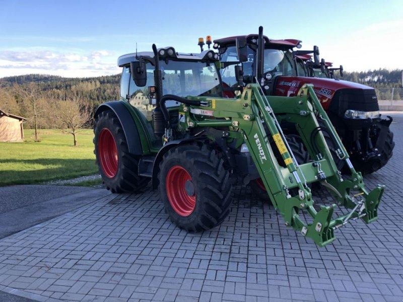 Traktor des Typs Fendt 211 Vario, Gebrauchtmaschine in Traberg (Bild 1)