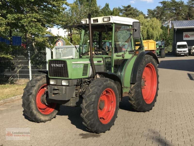 Traktor типа Fendt 260 S Allrad, Gebrauchtmaschine в Marl (Фотография 1)