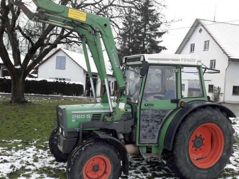 Traktor des Typs Fendt 260 S, Gebrauchtmaschine in Bad Grönenbach-Thal (Bild 1)