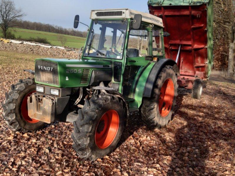 Traktor des Typs Fendt 260 SA, Gebrauchtmaschine in Stegaurach (Bild 1)