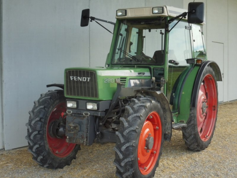 Traktor des Typs Fendt 280 S, Gebrauchtmaschine in Kammlach (Bild 1)