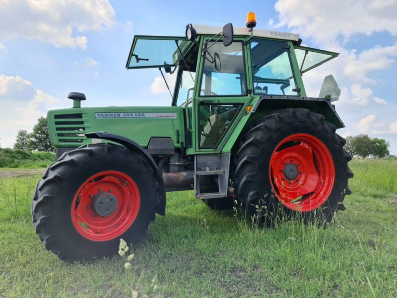 Traktor типа Fendt 308 LSA, Gebrauchtmaschine в Almelo (Фотография 1)