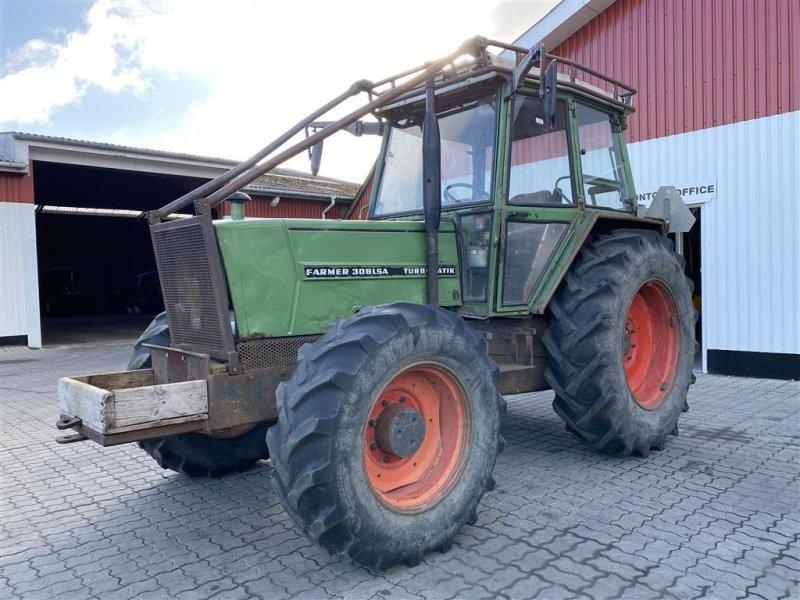 Traktor типа Fendt 308 MED SKOV INDDÆKNING!, Gebrauchtmaschine в Aalestrup (Фотография 1)