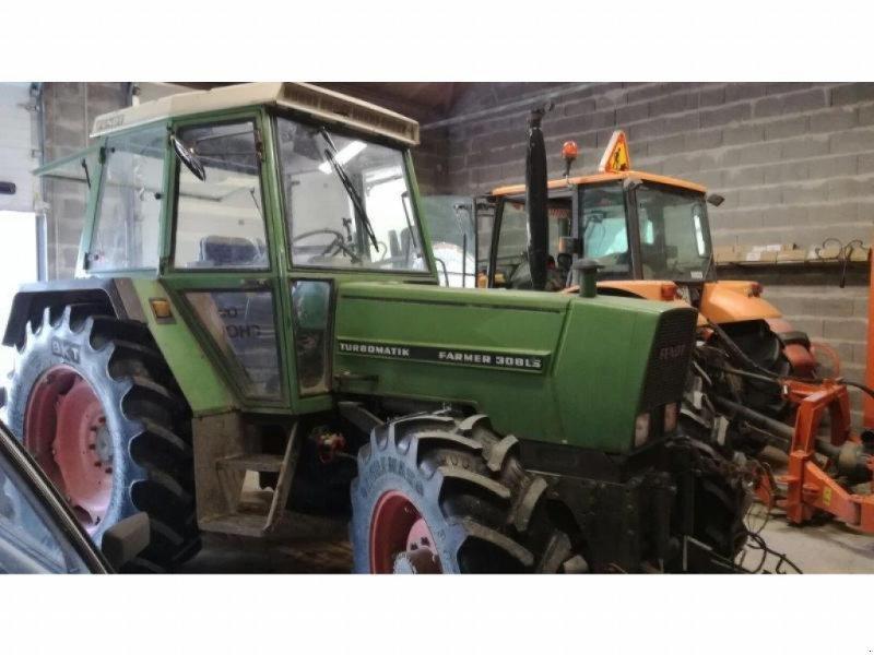 Traktor типа Fendt 308LS, Gebrauchtmaschine в NEUVILLE EN POITOU (Фотография 1)