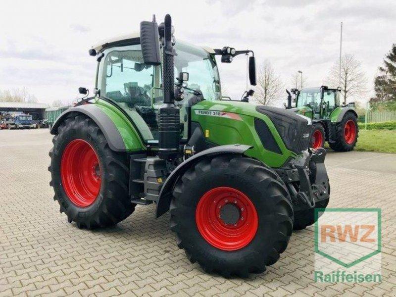 Traktor des Typs Fendt 310 S4 PROFI, Ausstellungsmaschine in Rommerskirchen (Bild 6)