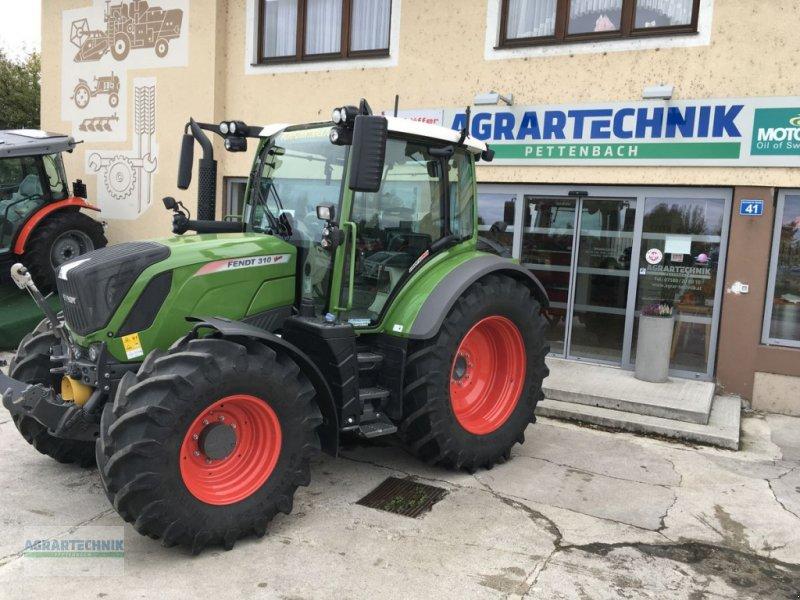 Traktor of the type Fendt 310 Vario, Vorführmaschine in Pettenbach (Picture 1)