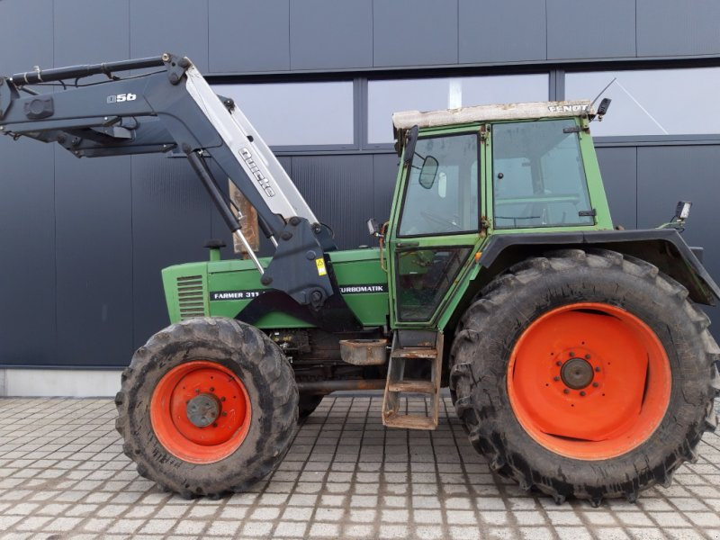 Traktor des Typs Fendt 311 LSA mit Alö Frontlader, Gebrauchtmaschine in Wülfershausen an der Saale (Bild 1)