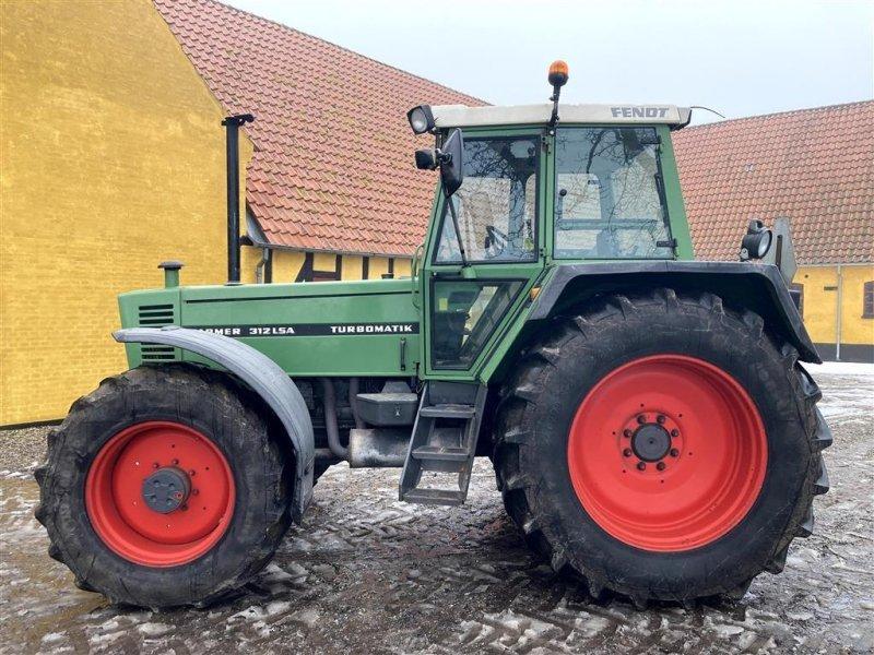 Traktor des Typs Fendt 312 Farmer LSA Turbomatik, Gebrauchtmaschine in Fredericia (Bild 1)