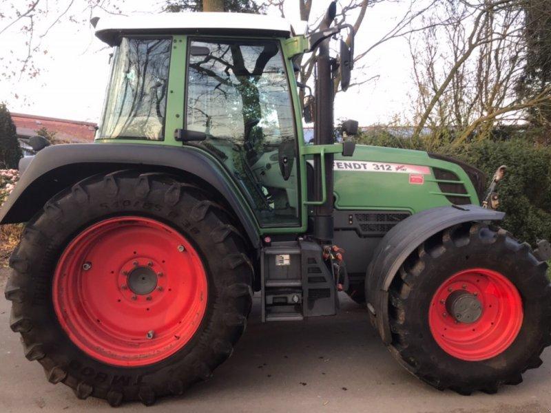 Traktor типа Fendt 312 TMS Vario, Gebrauchtmaschine в Westerstede (Фотография 1)