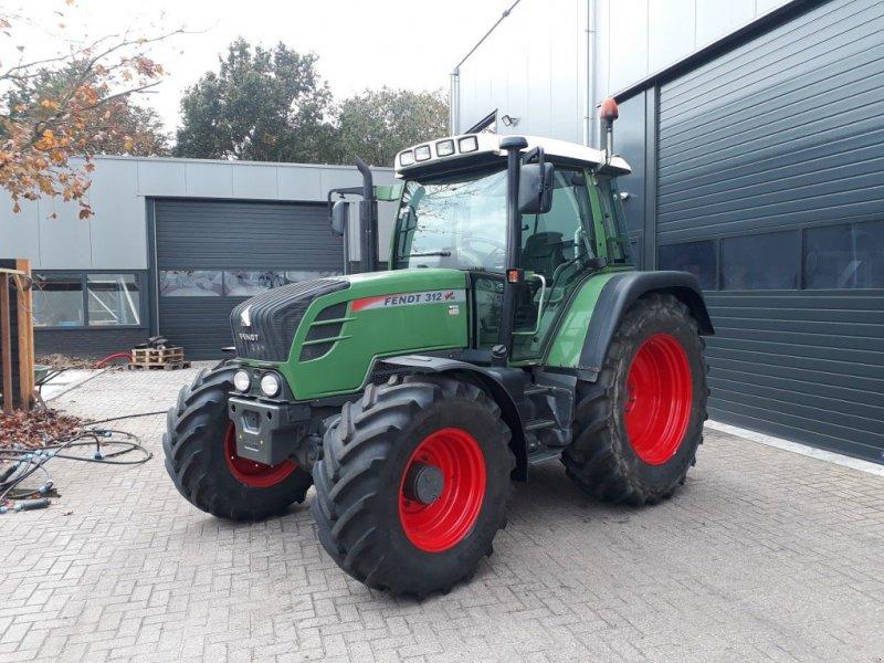Traktor des Typs Fendt 312 TMS, Gebrauchtmaschine in Staphorst (Bild 1)