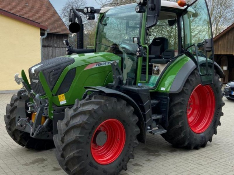Traktor des Typs Fendt 312 Vario S4, Gebrauchtmaschine in Seubersdorf (Bild 1)