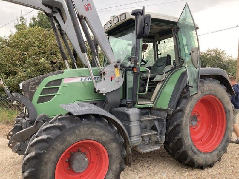 Traktor typu Fendt 312 Vario, Gebrauchtmaschine w SAVIGNEUX (Zdjęcie 1)