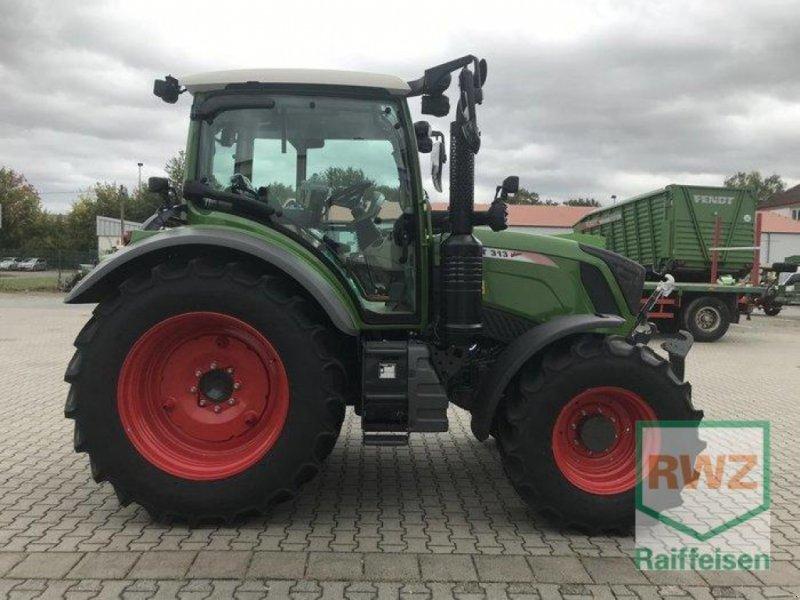 Traktor des Typs Fendt 313 S4 ProfiPlus, Neumaschine in Friedberg (Bild 4)
