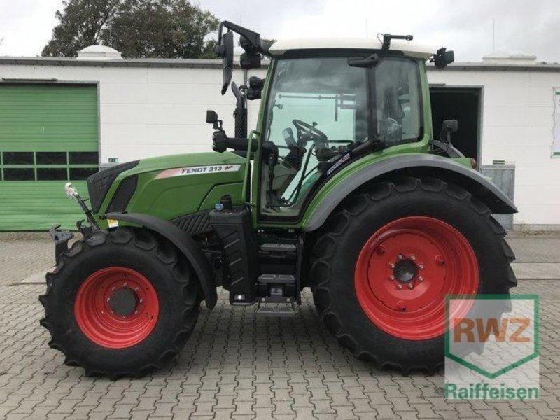 Traktor des Typs Fendt 313 S4 ProfiPlus, Neumaschine in Friedberg (Bild 2)