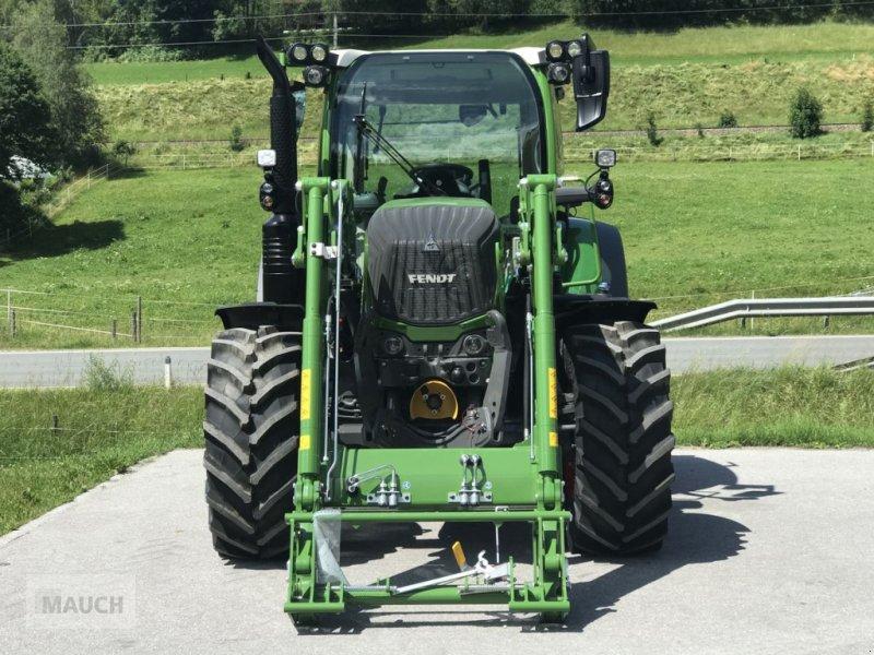 Traktor des Typs Fendt 313 Vario Power + FL Cargo 4X/75 DW, Neumaschine in Eben (Bild 3)