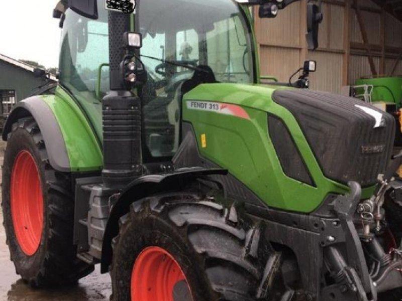 Traktor des Typs Fendt 313 Vario S4 Power, Gebrauchtmaschine in Westerhorn (Bild 1)