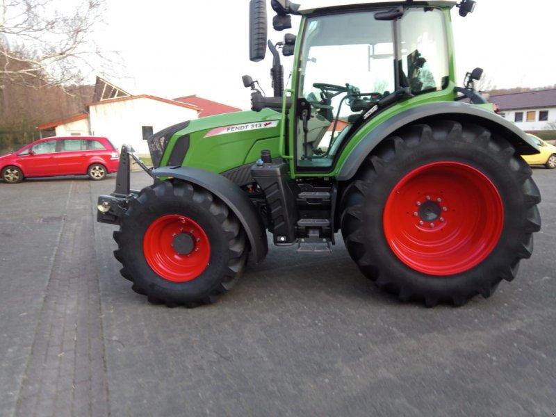 Traktor des Typs Fendt 313 Vario S4 Profi, Gebrauchtmaschine in Bebra (Bild 1)