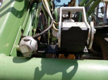 Traktor des Typs Fendt 411 Vario, Gebrauchtmaschine in Ottensoos (Bild 8)