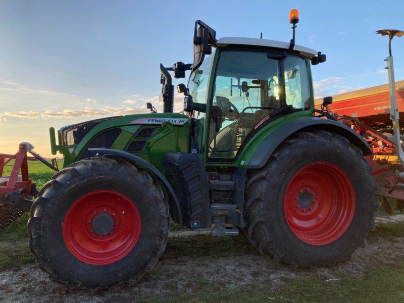 Traktor des Typs Fendt 514 Vario Profi Plus, Gebrauchtmaschine in Aiterhofen (Bild 1)