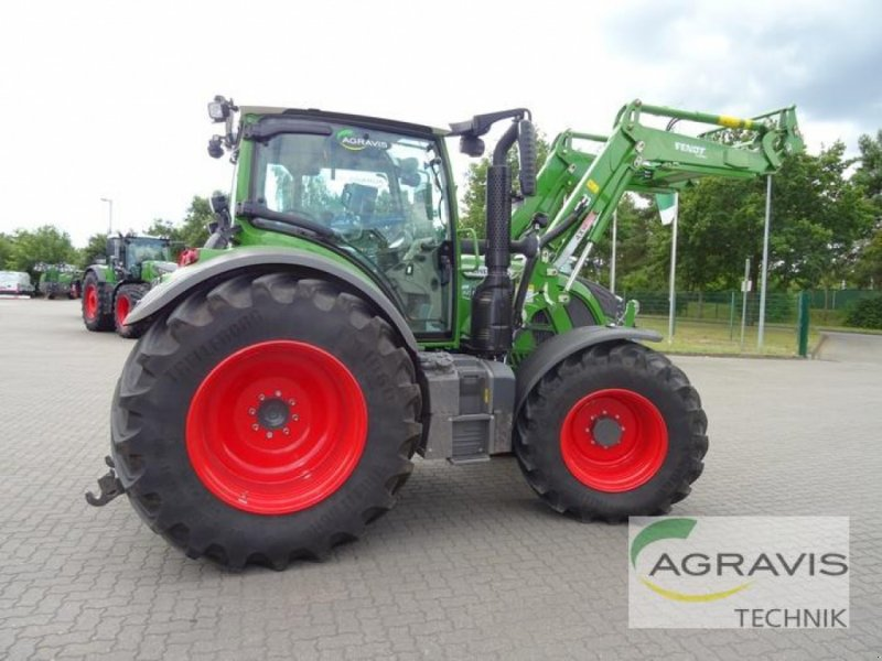 Traktor des Typs Fendt 516 VARIO S4 PROFI, Gebrauchtmaschine in Uelzen (Bild 4)