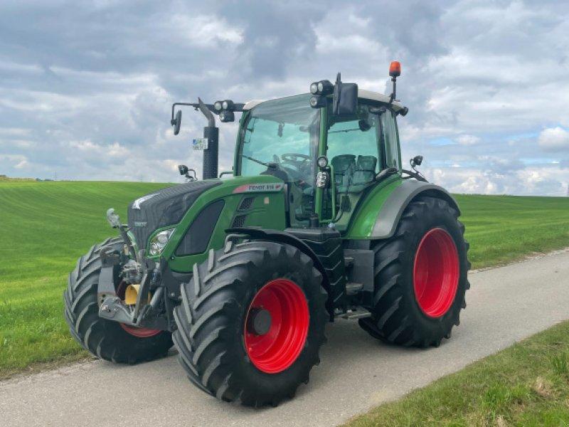 Traktor типа Fendt 516 Vario SCR, Gebrauchtmaschine в Hebertshausen (Фотография 1)