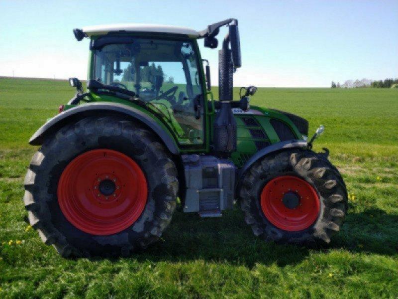 Traktor des Typs Fendt 516 Vario SCR, Gebrauchtmaschine in Ottobeuren (Bild 3)