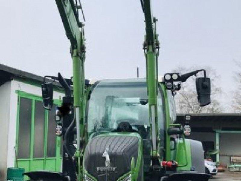 Traktor des Typs Fendt 516 Vario, Vorführmaschine in Hermeskeil (Bild 1)