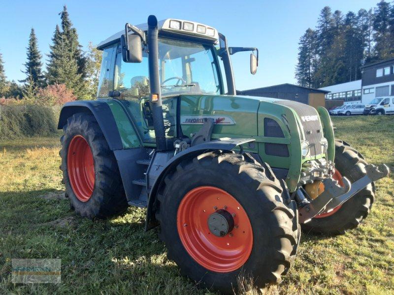 Traktor des Typs Fendt 712 Vario, Gebrauchtmaschine in Calw  (Bild 2)