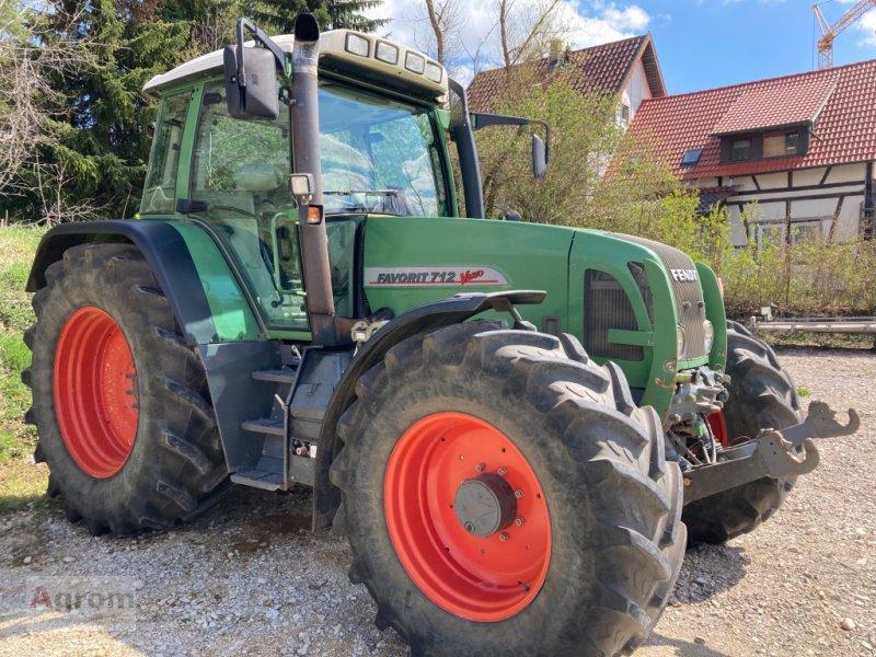 Traktor des Typs Fendt 712 Vario, Gebrauchtmaschine in Kirchen-Hausen (Bild 4)