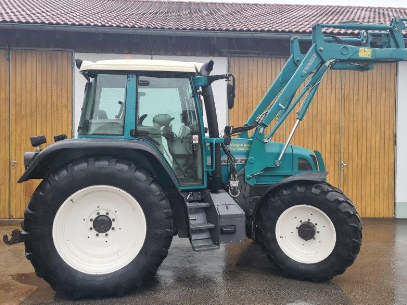 Traktor des Typs Fendt 712 Vario, Gebrauchtmaschine in Kirchroth/Oberzeitldorn (Bild 1)