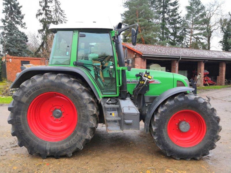 Traktor типа Fendt 712 Vario, Gebrauchtmaschine в Laatzen (Фотография 1)