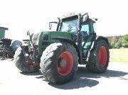 Traktor типа Fendt 714 Vario mit Fl. Konsolen, Gebrauchtmaschine в Steinau