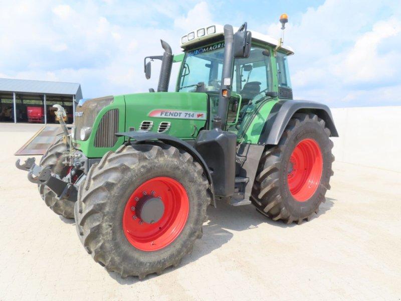 Traktor типа Fendt 714 vario / tms, Gebrauchtmaschine в Hapert (Фотография 1)