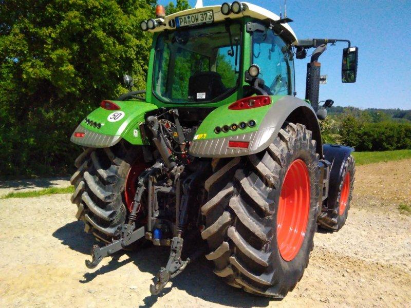 Traktor des Typs Fendt 714 Vario TMS, Gebrauchtmaschine in Ortenburg (Bild 3)