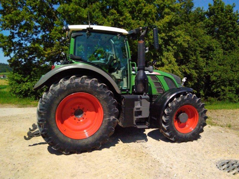 Traktor des Typs Fendt 714 Vario TMS, Gebrauchtmaschine in Ortenburg (Bild 2)