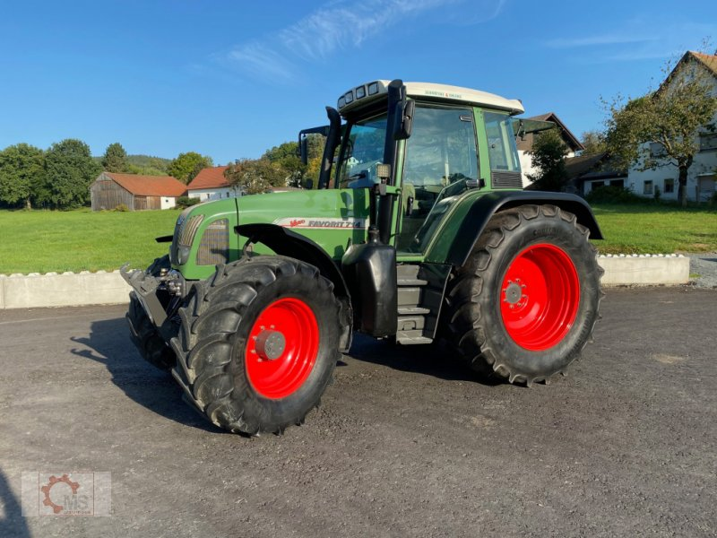 Traktor des Typs Fendt 714 Vario, Gebrauchtmaschine in Tiefenbach (Bild 4)