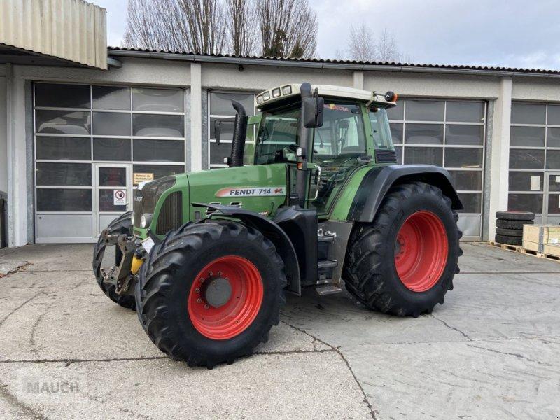 Traktor des Typs Fendt 714 Vario, Gebrauchtmaschine in Burgkirchen (Bild 1)