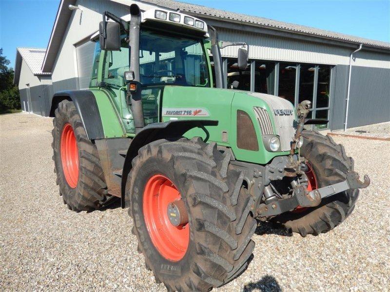 Traktor des Typs Fendt 716 Favorit Vario, Gebrauchtmaschine in Vildbjerg (Bild 1)
