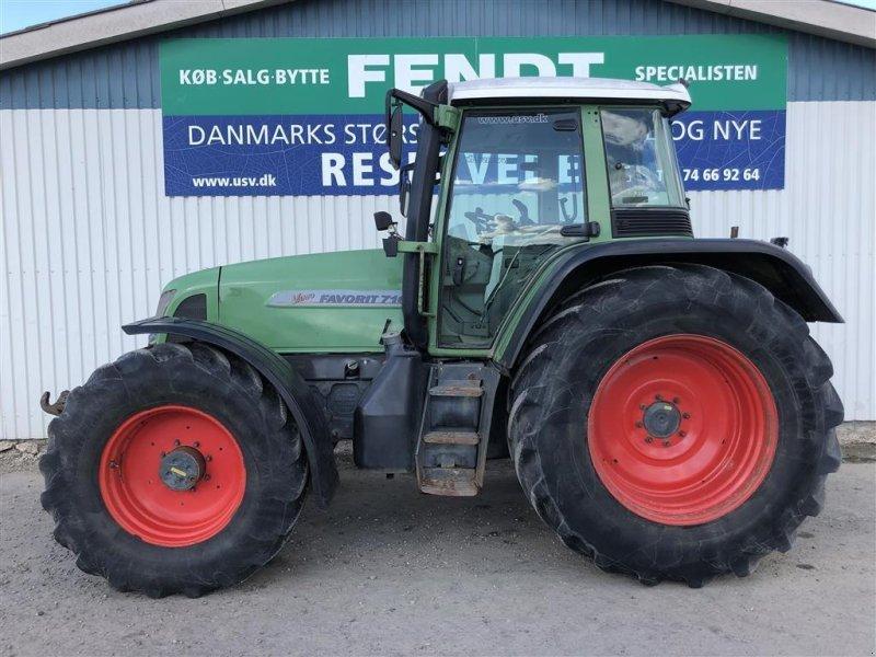 Traktor des Typs Fendt 716 VARIO Favorit, Gebrauchtmaschine in Rødekro (Bild 1)