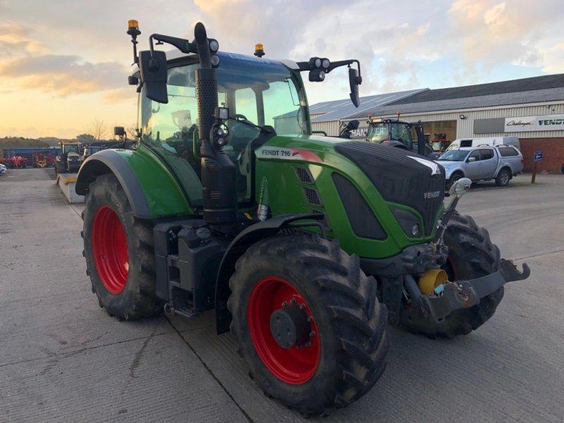 Traktor des Typs Fendt 716 Vario Power, Gebrauchtmaschine in Grantham (Bild 1)