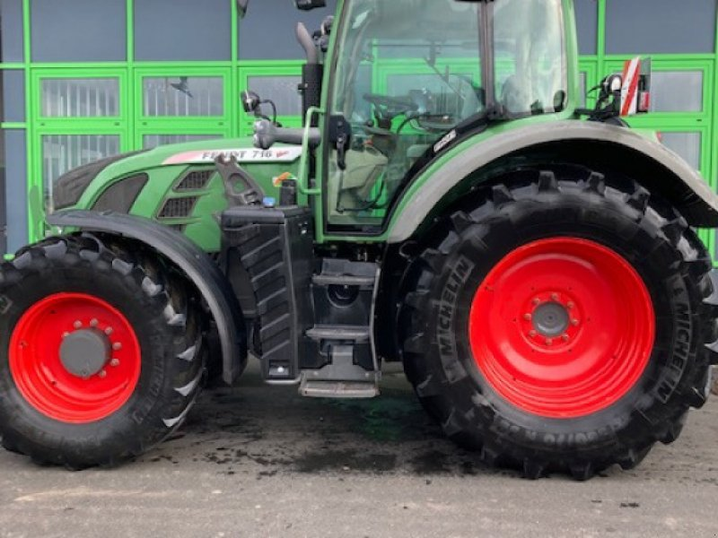 Traktor des Typs Fendt 716 Vario Power, Gebrauchtmaschine in Homberg/Efze (Bild 1)